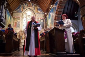 Bishop David of Baisingstoke leads in the first hymn